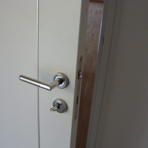 Detalj - Fimet Corner kvaka sa sobnim ključem, AGB brava